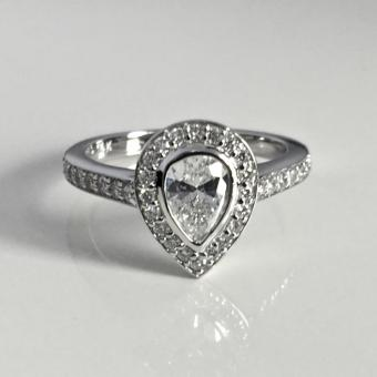 Custom diamond engagement ring in Bucks County