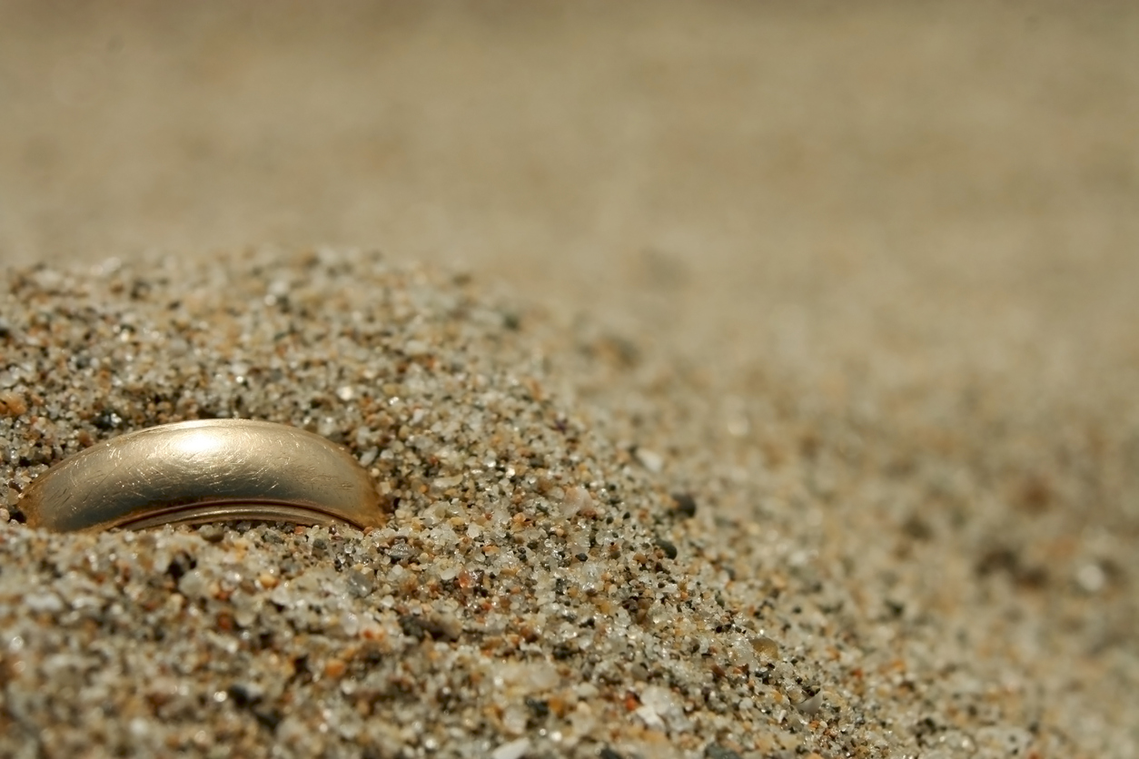 Ring Lost at the Jersey Shore